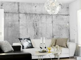 Concrete wall met Tom Haga